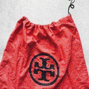 "Tory Burch Bags - TORY BURCH • XL duster bag 22"""